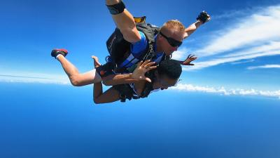Top 10 Health Benefits of Skydiving